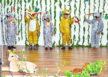 Kids performing dance at Annual Day at Building Kidz School in Gurgaon